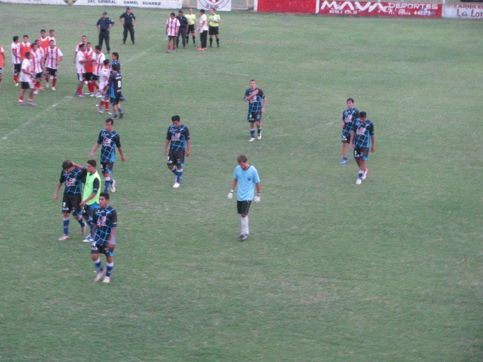 Argentino no logra salir de su mediocridad futbolística